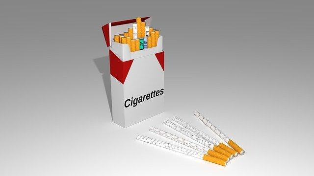 你的第一口烟是如何开始的?